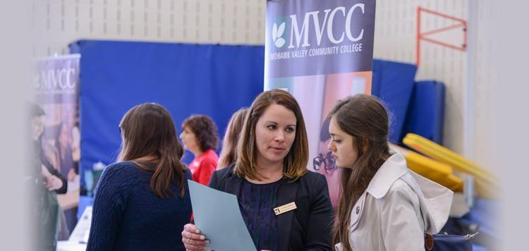 MVCC instructor tracks with prospective student