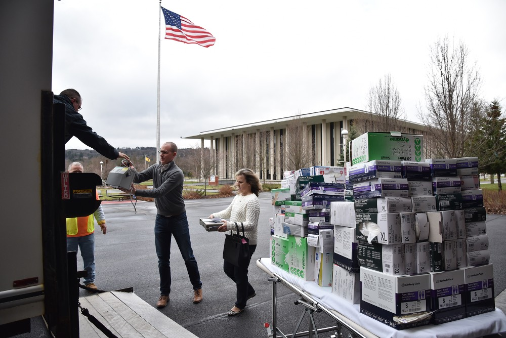 MVCC donates medical supplies to MVHS